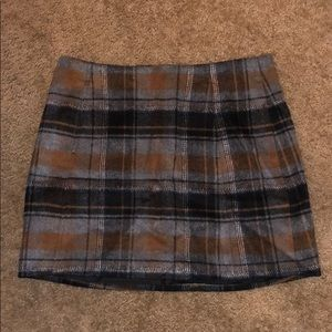 Joie plaid skirt - NWT - size Small
